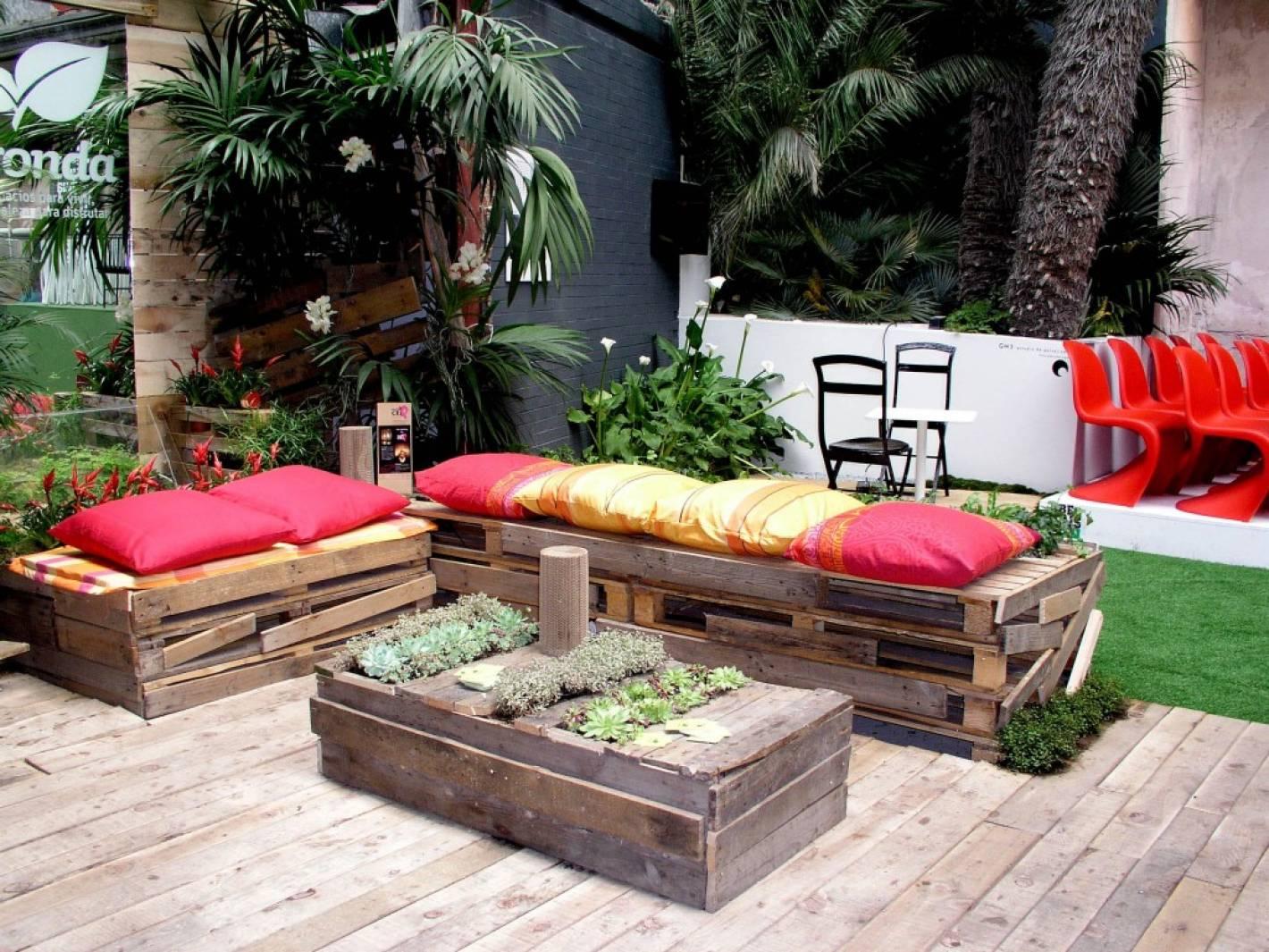 Tendencia c mo realizar tus propios muebles con palets - Palets muebles reciclados ...