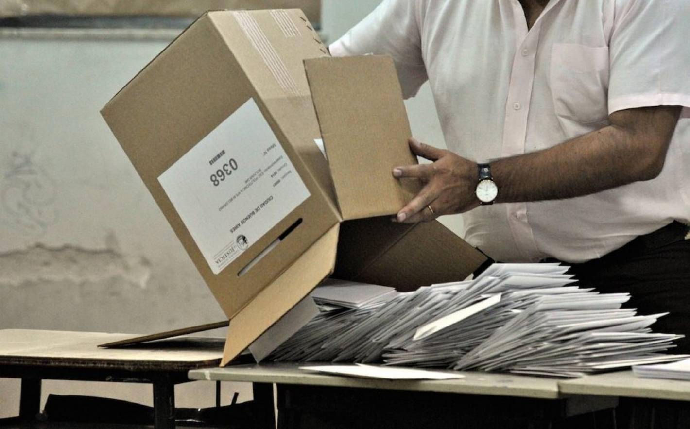 En el escrutinio el correo neg irregularidades y Ministerio del interior escrutinio