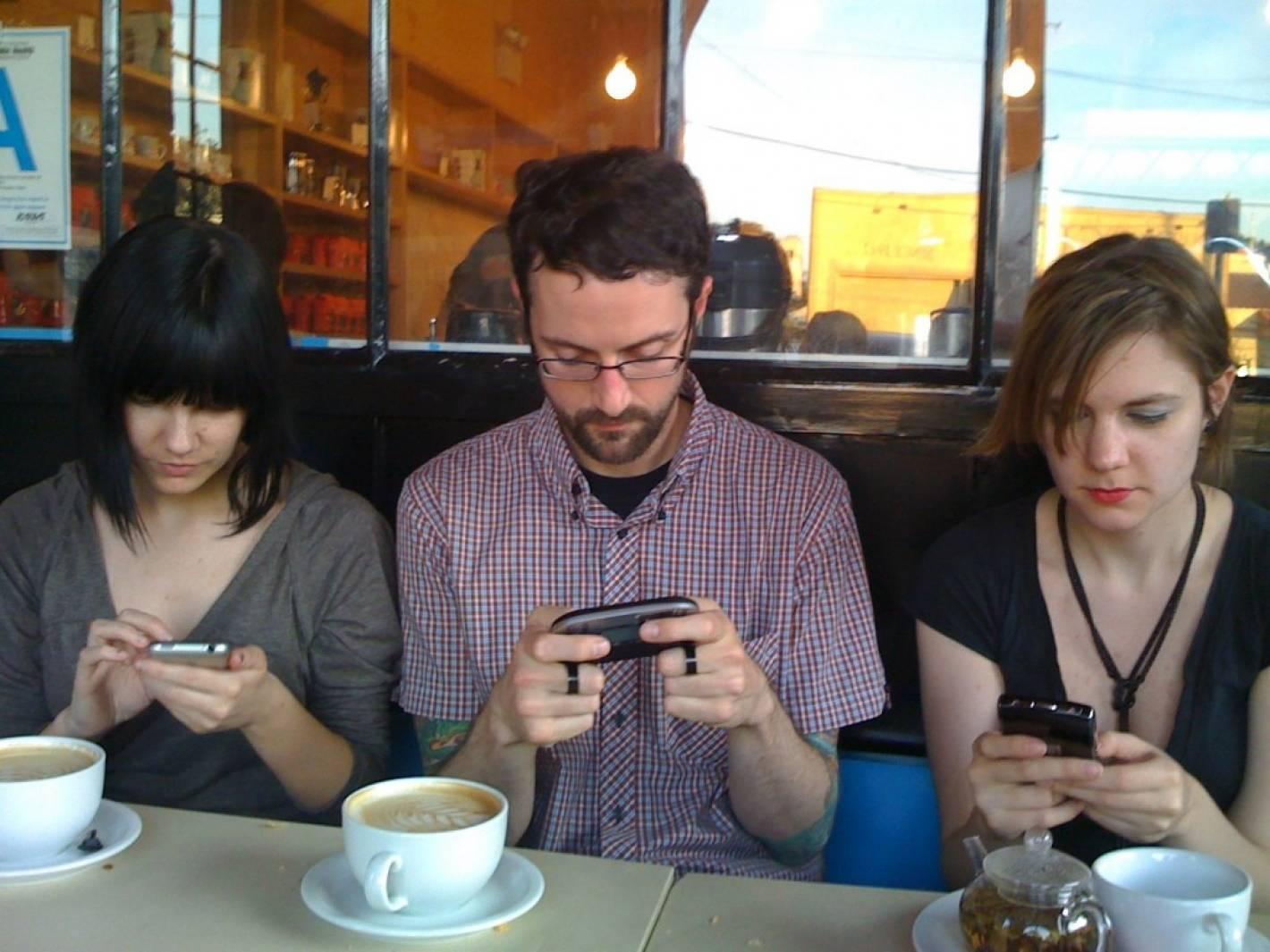 Resultado de imagen para celulares vida